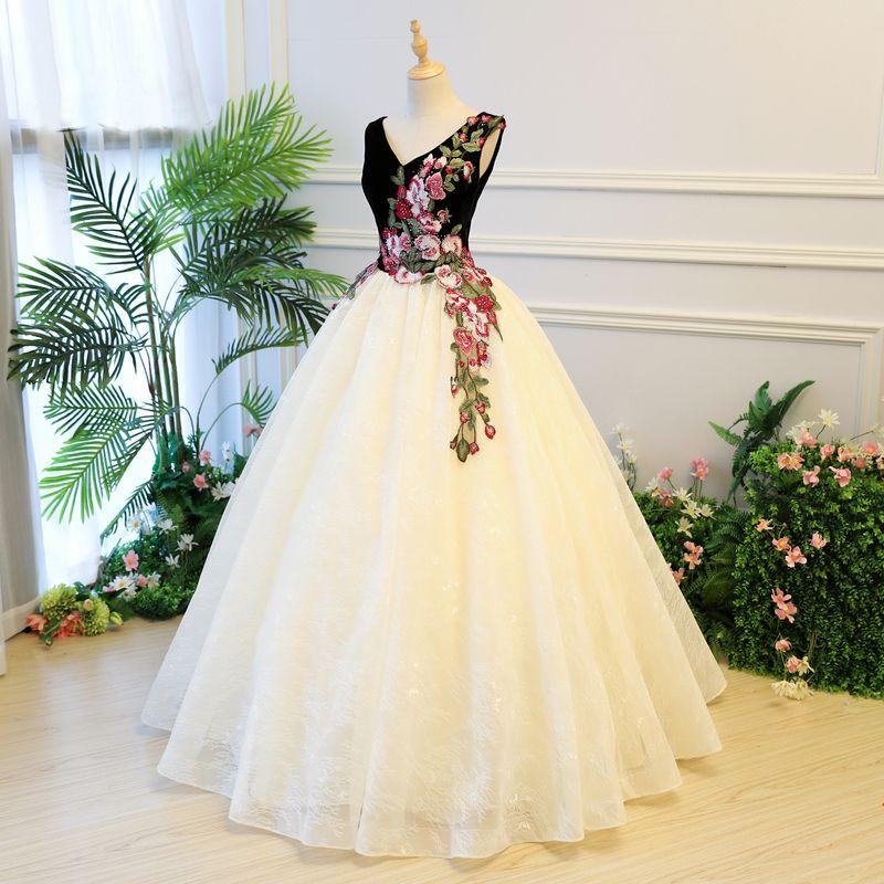 2020 Yeni Geliş Boncuklu Nakış Quinceanera Modelleri Balo Ucuz Korse Uzun Gelinlik Modelleri Debutante Parti Gowns 15 yaşında Elbise ABD İngiltere