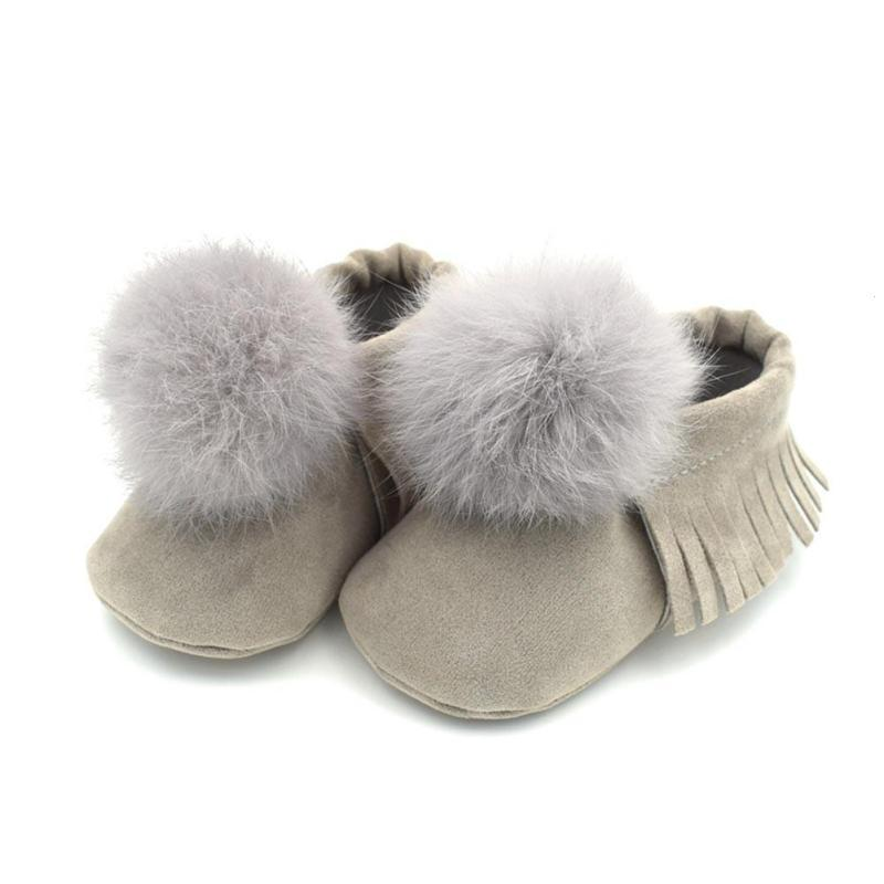 8073d7be8575 2019 New Princess Pom Pom Shoes For Girl First Walkers Baby Moccasins  Tassels Soft Soles Baby Shoes Girls Chaussures De Fille B2 From Begonior