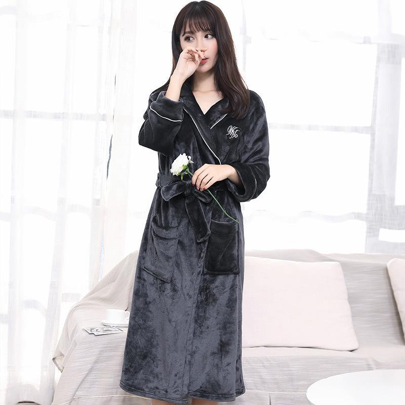 2019 Winter Bathrobes Women Velvet Dressing Gowns For Women Velvet Kimono  Bathrobe Warm Thick Flannel Bath Robes Winter Sleeping Robe From Beasy112 0c83457c2