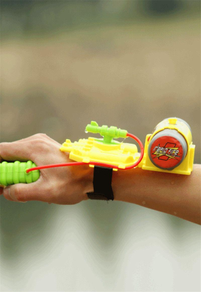 Summer Outdoor Toy Gun Water-Sprinkling Spider-man Water Pistol Shooter for Swimming Pool Beach Wrist Nozzle Reach the 5 Meters Water Gun