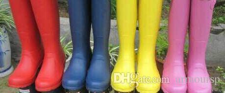 2018 neue Tall Regen Stiefel Frauen Gummistiefel Regen Stiefel Ms. Glossy Wellington Regen Stiefel Wellington Kniestiefel Schnelle Lieferung
