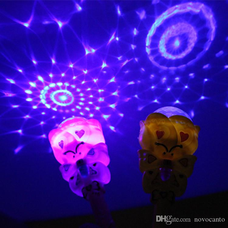 2018 new 22cm Plastic flower LED Dream colorful magic wand projection glow stick