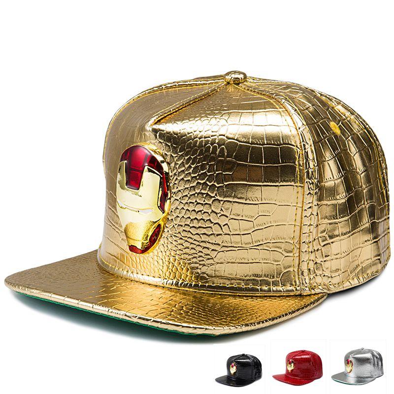 Compre Encantadores Sombreros De Hip Hop De Cuero De LA PU Diamante  Cocodrilo Grano De Oro Rhinestone Iron Man Logo Gorras De Béisbol Hombres  Mujeres Regalo ... f1f469f6750