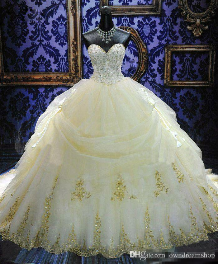 2018 16 Years Dress Ball Gowns Quinceanera Dresses Lace Appliques Organza Gold Beaded Sequined Masquerade Debutante Gowns Custom Made