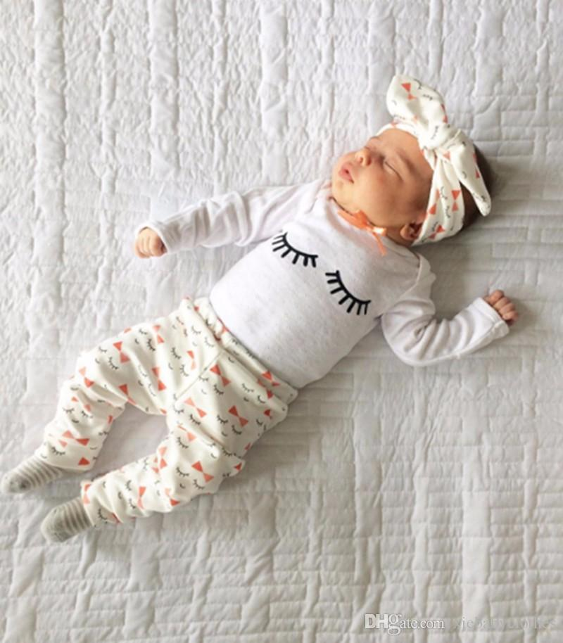Compre 2018 Ropa De Niña Ropa De Manga Larga Camiseta + Leggings Florales +  Diadema Bebé Recién Nacido Traje Bebé Niñas Ropa Conjunto 3 Unids A  9.04  Del ... 87038625b75e