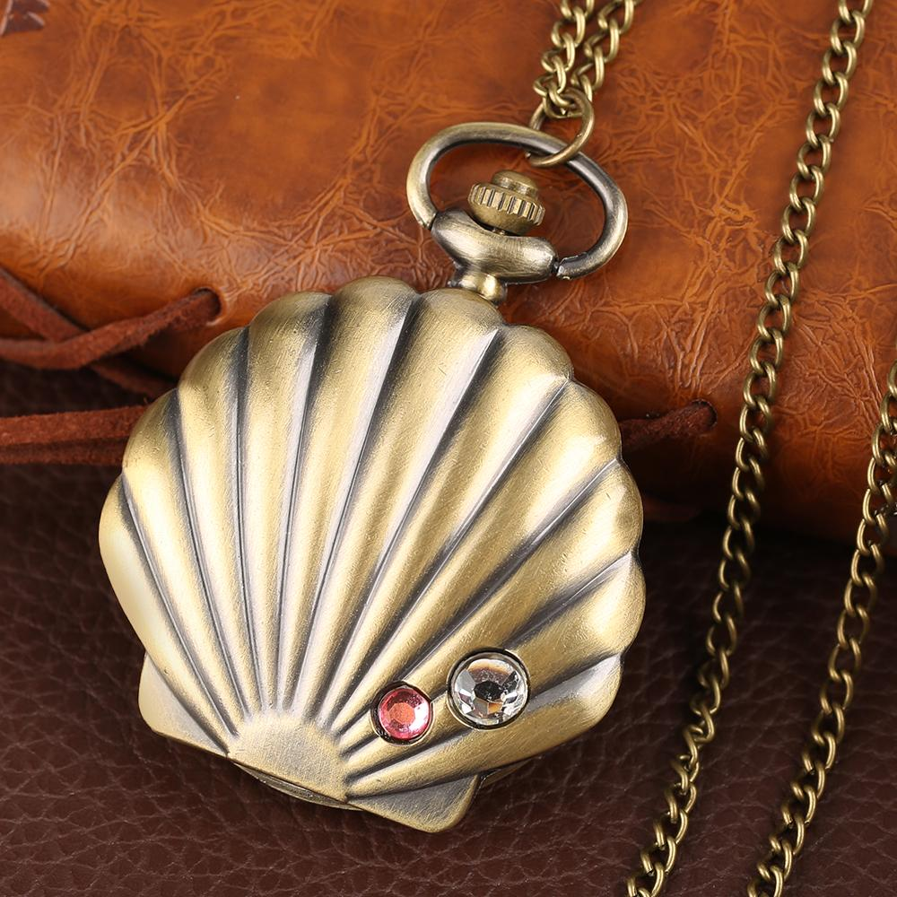 Mermaid Shell Pocket Watch Unique Glossy Metal Scallop Case Pendant Necklace Delicate Ladies Clock Beautiful Gifts for Girl Xmas