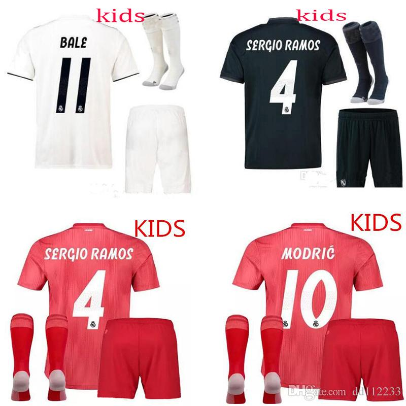 18 19 Real Madrid Soccer Jersey KIDS Socks 2018 2019 Football ShirtS RONALDO  Asensio SERGIO MODRIC RAMOS MARCELO BALE ISCO Boys Soccer Sets 2018 2019  Online ... 6040ce0e8