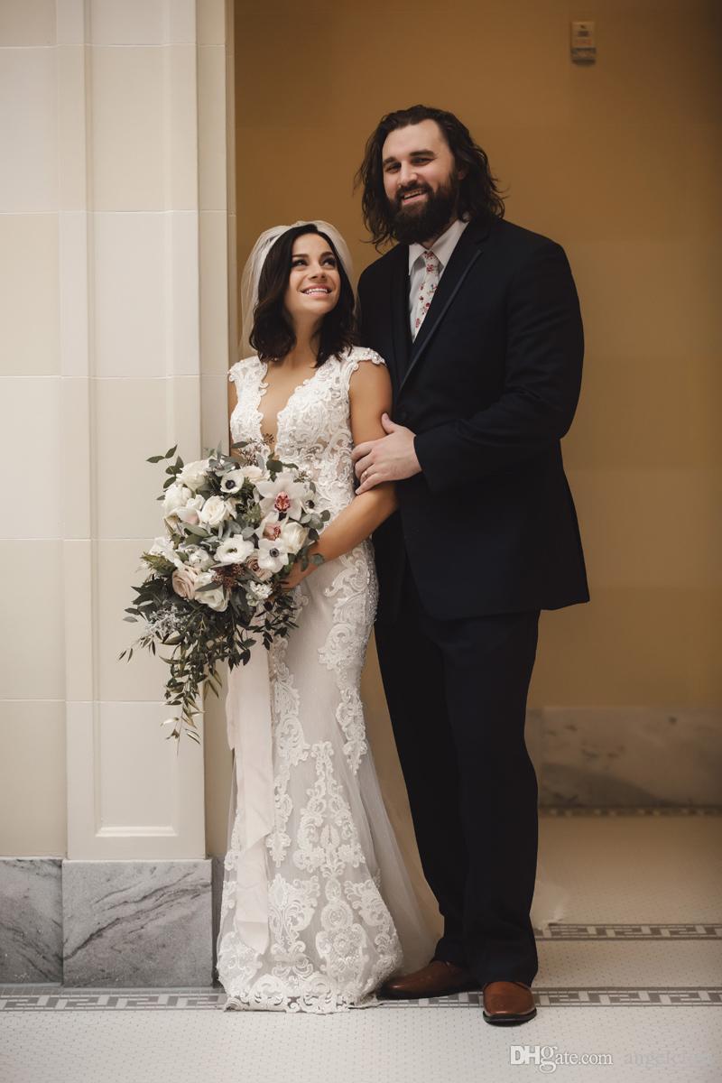 Elegante Rendas Pérolas Sereia Vestidos de Casamento 2018 V Profundo Pescoço Trem Da Varredura País Jardim Praia Vestidos de Noiva Vestidos de novia