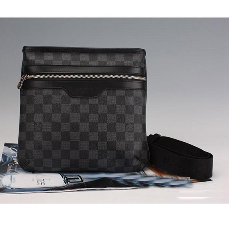 7611d787daf9 Купить Оптом Новые Роскошные Брендовые Мужские Дизайнерские Сумки Messenger  Crossbody Single Shoulder Bag Мужские Сумки Для Бизнеса Высококачественная  ...