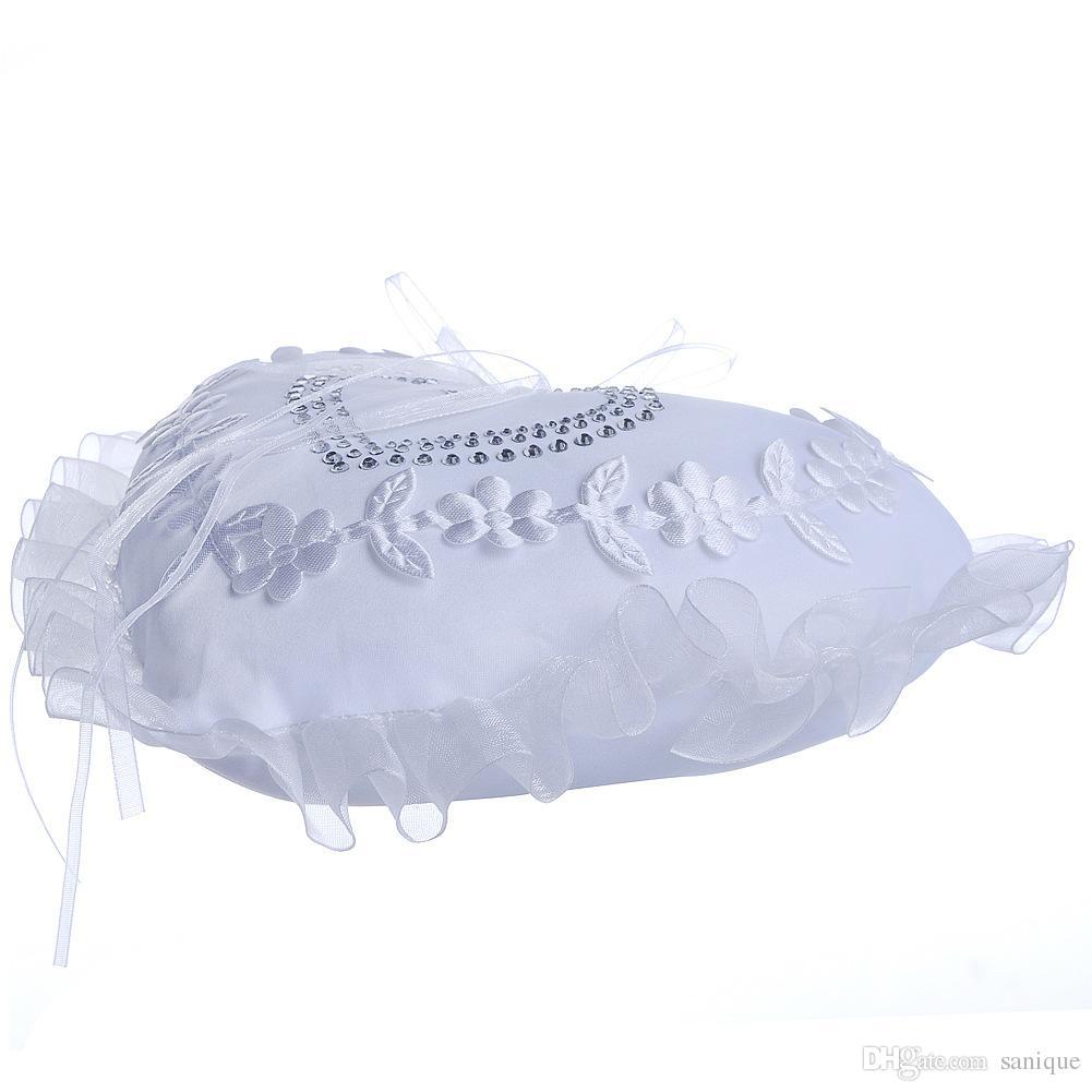2018 White New Arrivals Elegant Rose Wedding Favors Heart Shaped Design Gift Ring Box Pillow Cushion 15cm18cm