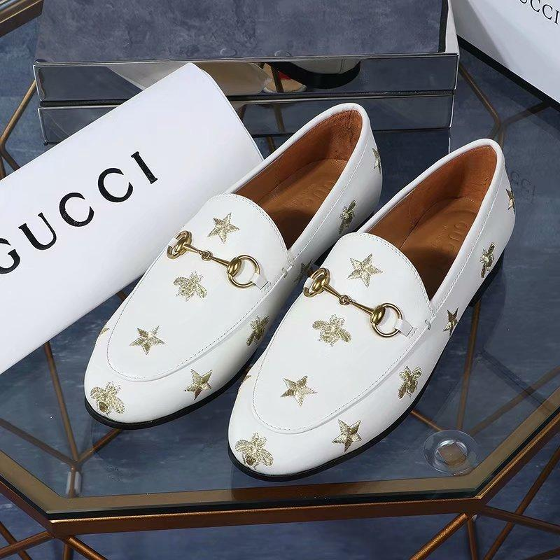 huweifeng4 Bee Quality Letter embroidery Top Star Metal Buckle Flat shoes Genuine leather Woman Casual Shoes 35-40 With Box