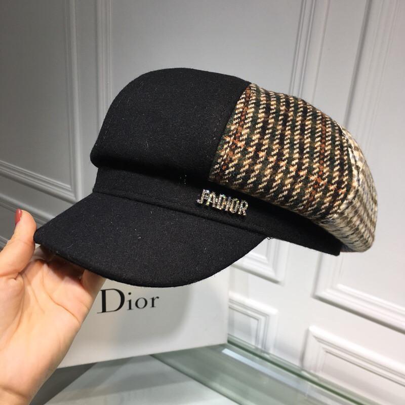 adb3a25a81f 2018 New Autumn And Winter New Octagonal Hat