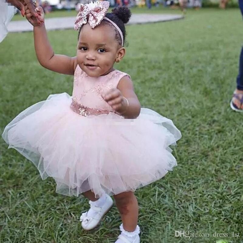 Bebê Infantil Da Criança Batismo Vestidos de Ouro Rosa Lantejoulas Na Altura Do Joelho Tutu Vestidos Da Menina de Flor com Grande Arco Bonito Vestidos de Festa de Aniversário 2017