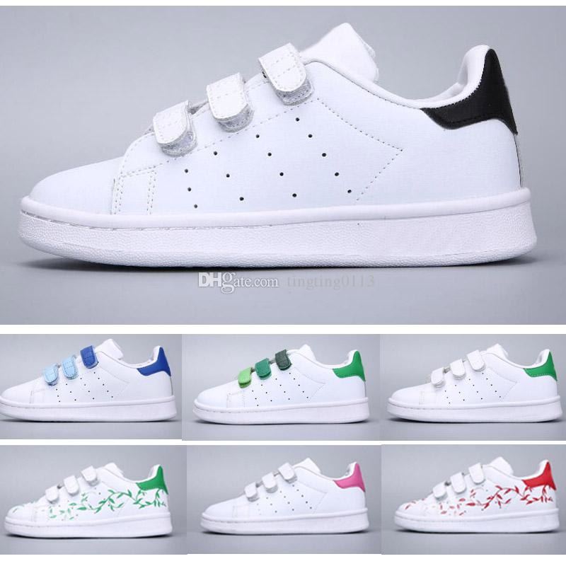dda92e3367c Christmas SUPER STAR Kids NEW STANSMITH Grils SNEAKERS CASUAL LEATHER  Children Shoes SPORTS JOGGING SHOES Boys CLASSIC FLATS Running SHOES Boy  Tennis Shoes ...