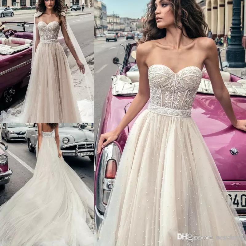 2018 Julie Vino abiti da sposa in rilievo Plus Size Beach Backless Sweetheart Neckline Vestido De Novia abiti da sposa corsetto di pizzo