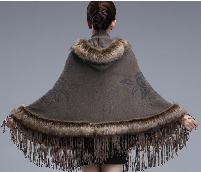 #2921 2018 Fale fox fur shawls Ponchos and capes Casaco feminino Fashion Tassel British style Scarves and stoles women luxury