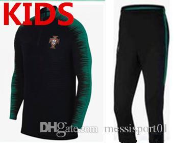 754094b673 Compre Portugal Chándal Niños Traje De Entrenamiento Pantalones De Fútbol Portugal  Ropa Ropa Deportiva Niños Suéter 2018 Copa Del Mundo Juvenil Chándal A ...