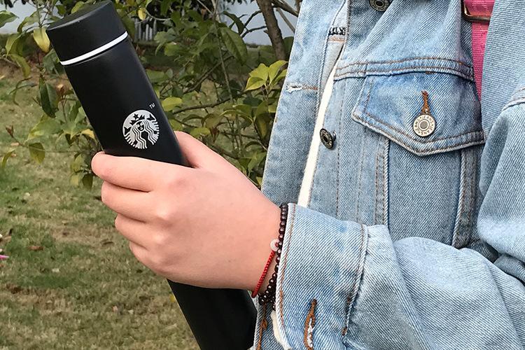 Bunter klassischer Starbucks-Edelstahl-Becher Starbucks-Saugnapf Starbucks-Kaffeemilch-Becher Lange Flasche Wärmeisolierungs-Wasserflasche