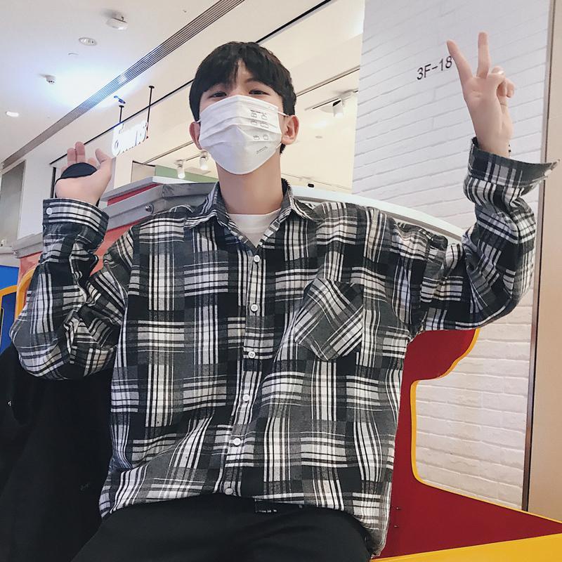 58f6e4286537 2019 2018 New Popular Men S Clothing Lattice Plaid Pocket Korea Style Youth  Pop Casual Tide Loose Cotton Black Red Camisa Shirt M 2XL From Hongyeli