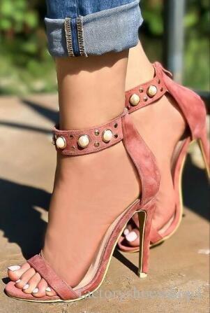 2018 Drop Shipping Sexy Summer Femmes Rose Noire en peau de mouton ouvert Perles Toe Zip Retour talons minces Party Sandales Hot Robe grande taille Chaussures