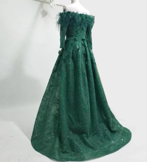 Emerald green prom dresses long sleeves feather off shoulder lace a line floor length evening prom gowns 2018 real picture arabic dresses