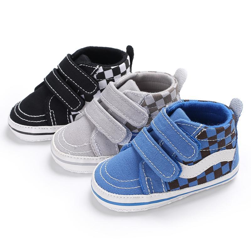 uk availability c551f 1631e Baby Jungen Mode Sportschuhe Kinder Casual Schwarz Weiß Klassische  Prewalker Rutschfeste Erste Wanderer Kinder Säuglingskleinkind Cool Sneaker