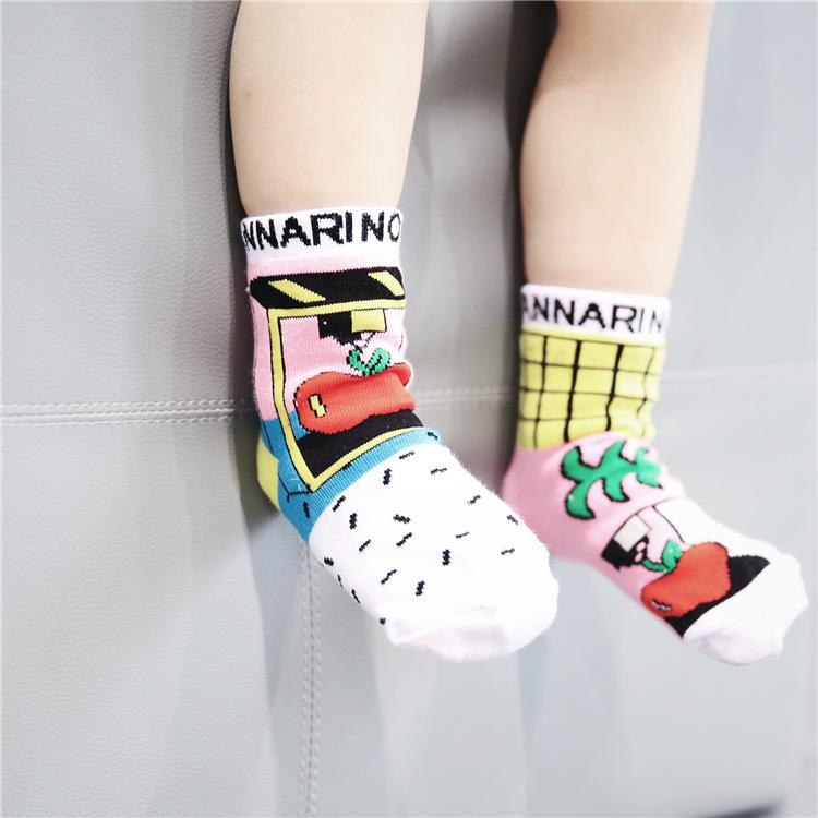 b74bbbc05 2019 Customized Doodle Children Socks Cotton Boys And Girls Ab Asymmetric  Baby Socks Cute 0 5 Year Old Sock From Superclotheseller