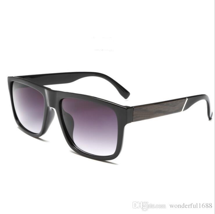 1de95107f34e9 Compre Moda Marca Designer Quadrado Lente Plana Óculos De Sol Espelho  Mulheres Óculos De Sol Dos Homens De Hip Hop De Grandes Dimensões Senhora  Óculos ...