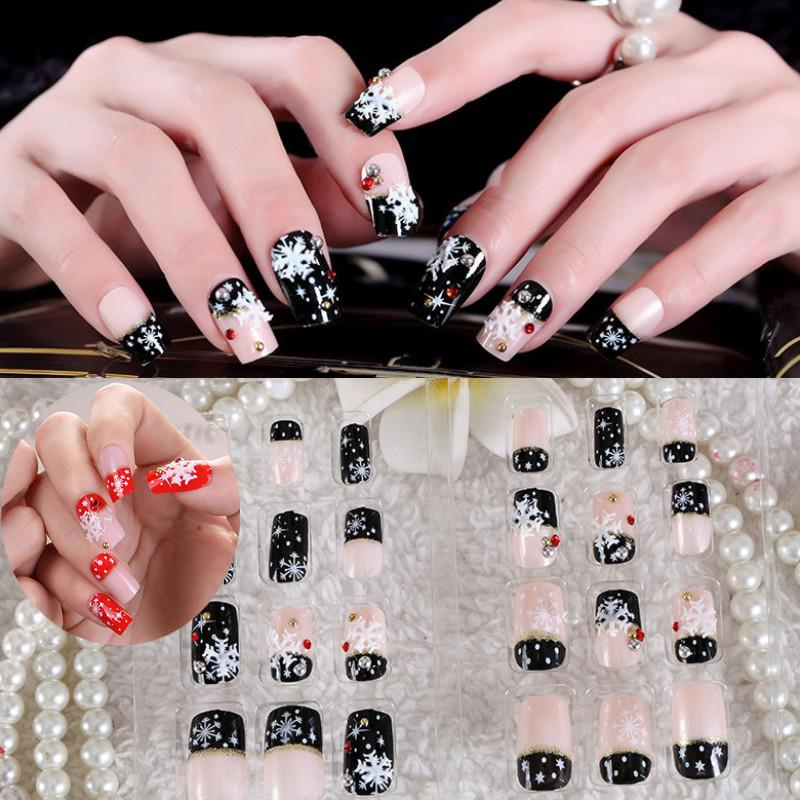 24Pc Christmas False Nails Black White Red Style Xmas Snowflake Full Cover Coffin Fake Nail Art Tips Christmas Gift Decorations