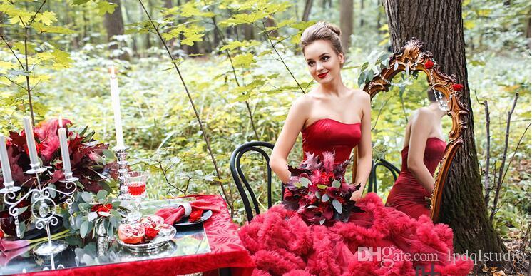 Vestidos de fiesta de sirena sexy Borgoña, vestido de fiesta largo rojo Con cordones espalda Sweep tren plisado vestidos de tul de raso elástico de la pista
