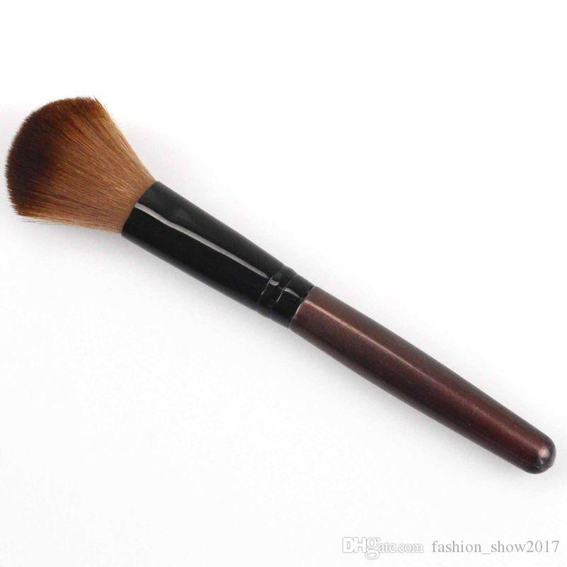 Powder Blush Brush Profesional Single Soft Face Make Up Brush Cosméticos grandes Pinceles de maquillaje Base de maquillaje Herramienta