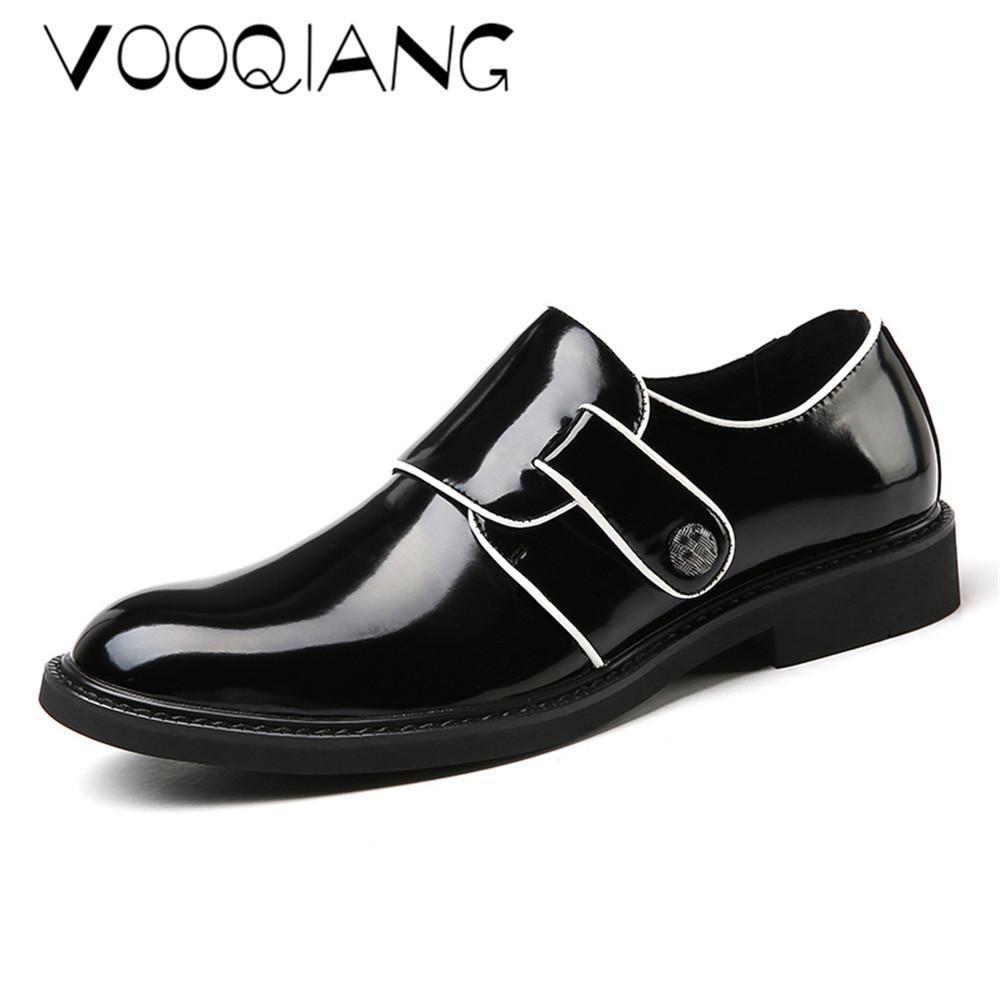 Compre Vooqiang Nuevo 2018 Primavera De Los Hombres De La Correa De Cuero  Al Aire Libre Transpirable Pintura Brillante Zapatos Casuales Puntiagudos  Zapatos ... 74aa0bcb2554