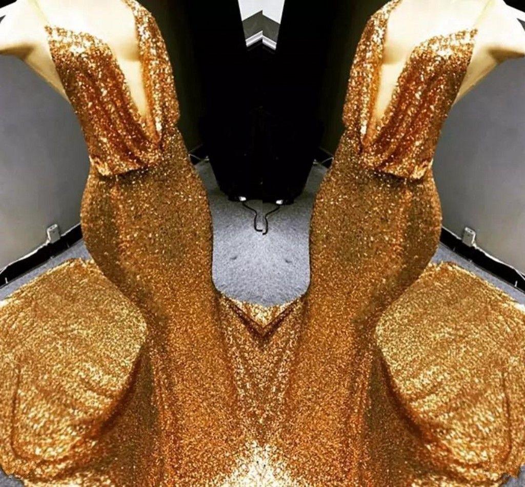 2018 Sparkly Gold Lentejuelas Sexy profundo con cuello en V sirena vestidos de baile sin mangas Backless vestidos de fiesta Dubai Celebrity vestidos de noche por encargo