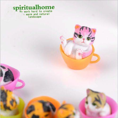 12 шт / много Миниатюрные Terrariums Fairy Garden Декоративные смолы Cat Figurine Craft Gift Ornament Terrarium аксессуары