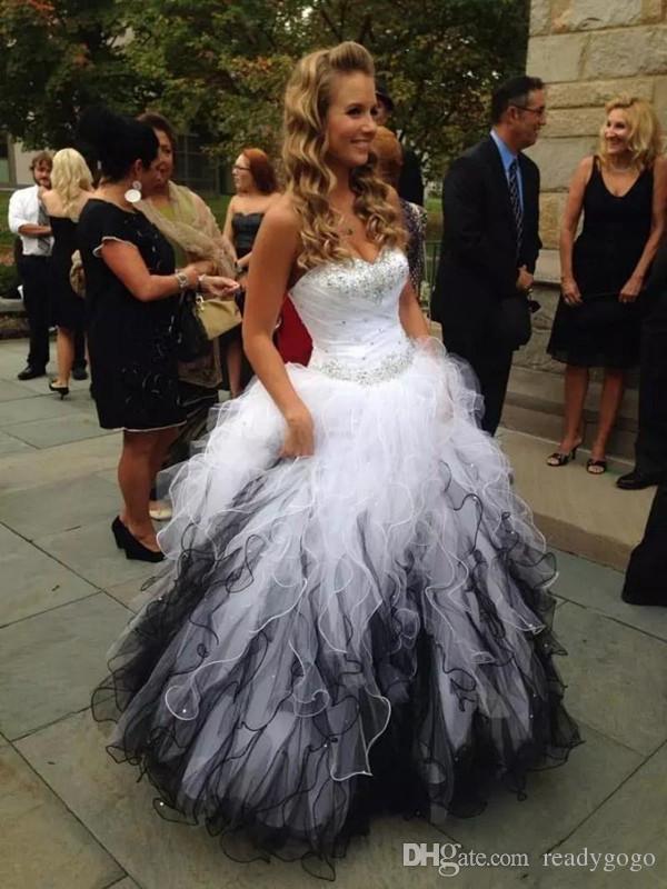 Черно-белые свадебные платья Скромные Кристал пояс Милая шнуровке Корсет Готика Открытый Свадебное платье Country Garden Люкс