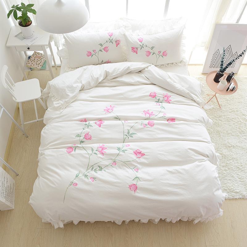 Großhandel Stickerei Prinzessin Bettwäsche Sets Luxus Rosa Rüschen