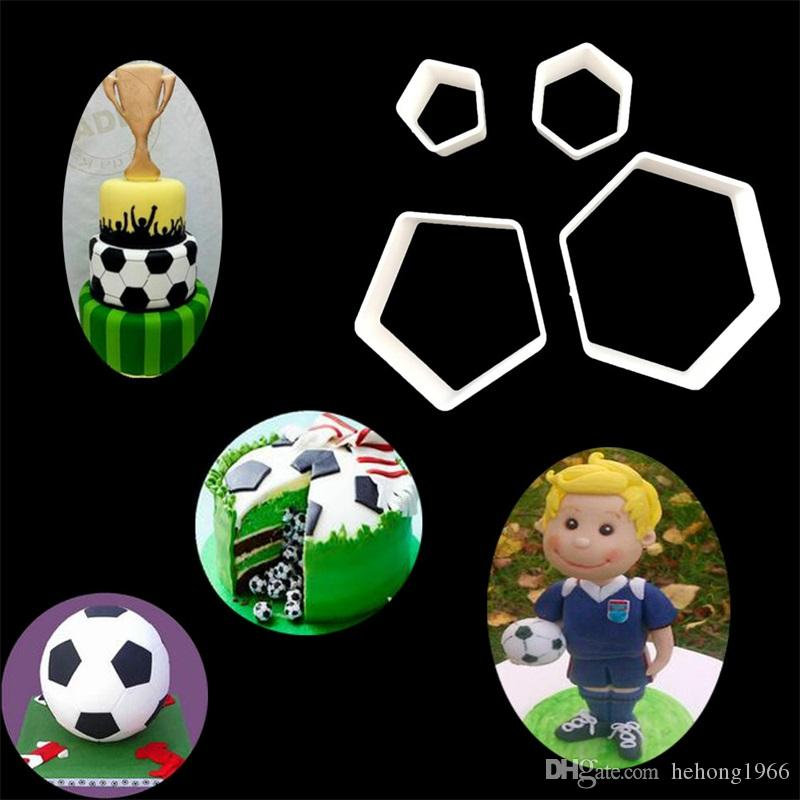 Sugar Cake Mould Football Printing Court Decorate Chocolates Baking Tool Mold Plastic White Hot Sale 3zy V