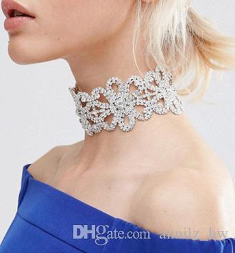 Großhandel Modemarke Ausgehöhlter Diamant Besetzter Blumenkragen Mit ...