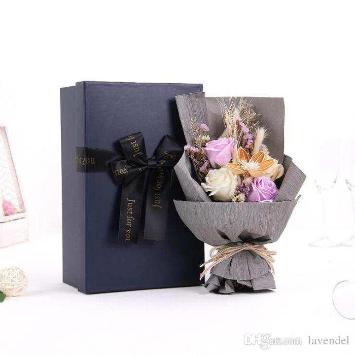 2018 New Wholesale Wedding Bouquet With Box Hybrid Artificial Flowers Bridal Bouquet Valentine's Day Bouquet Wedding Accessories
