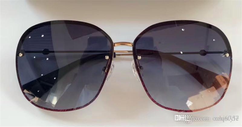8e8c927e12b9e Compre Gucci 2018 Moda De Luxo Estilo Europeu Designer De Marca Óculos De  Sol 100% Óculos Anti UV De Alta Qualidade Óculos De Sol Com Caixa GG0228 De  ...