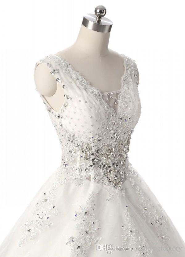 Luxury Classic Wedding Dresses V Neck Sleeveless Corset Crystals Beaded Sequins Lace Appliqued Tulle Bridal Gowns with Long Train Plus Size