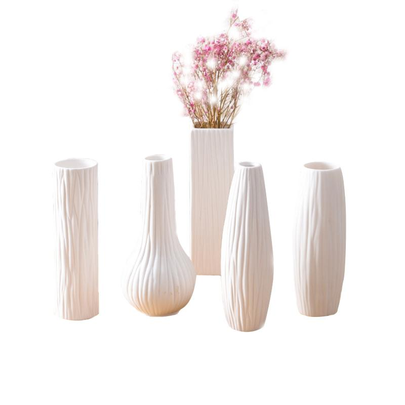 Home Office Decor Classic White Ceramic Vase Chinese Arts And Crafts