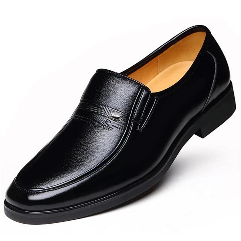 f35a0fc6913e Großhandel 2018 Frühling Männlich Lederschuhe Männer Kleid Schuhe Business  Klassische Komfortable Karree Lederschuhe Männer Formale Schuhe Slip On Von  ...