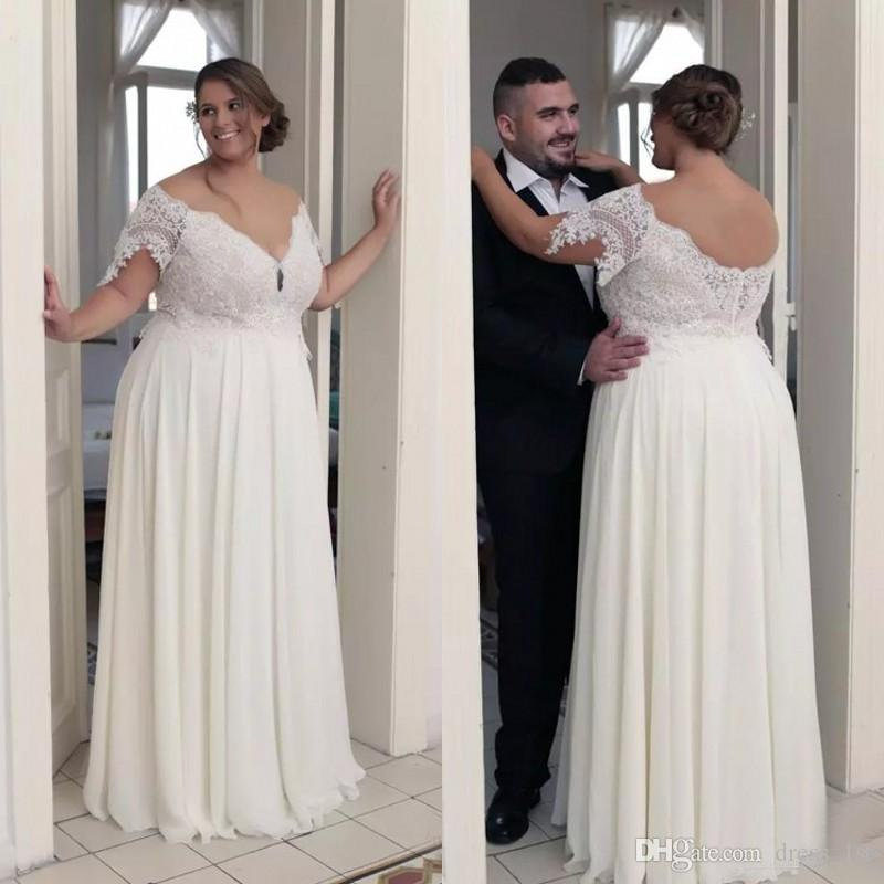 b5b3130e9 Discount Plus Size Beach Wedding Dresses 2018 Sexy V Neck Lace Short Sleeve  Top Chiffon Floor Length Bridal Gowns Custom Made From China EN12234  Designer ...