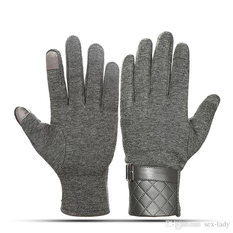 a917aaa5924d Touch Screen Windproof Skiing Gloves Man Outdoor Winter Warm Soft Gloves  Waterproof Winter Sports Cycling Texting Fleece Gloves Crochet Childrens  Mittens ...