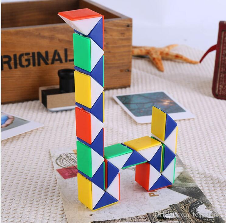 32 cm Mini Magic Cube Nuovo Hot Snake Forma Toy Game 3D Cube Puzzle Twist Puzzle Toy Regalo Giocattoli di Intelligenza Casuale Supertop Regali