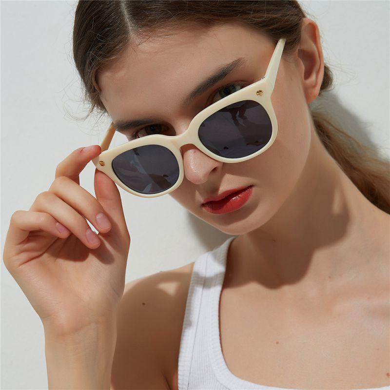 f770a15cb15 2019 New Fashion Square Glasses Women Black Beige Plastic Frame Glasses  Spectacle Lens AC Eye Femme Ladies Eyewear Shades From Juemin