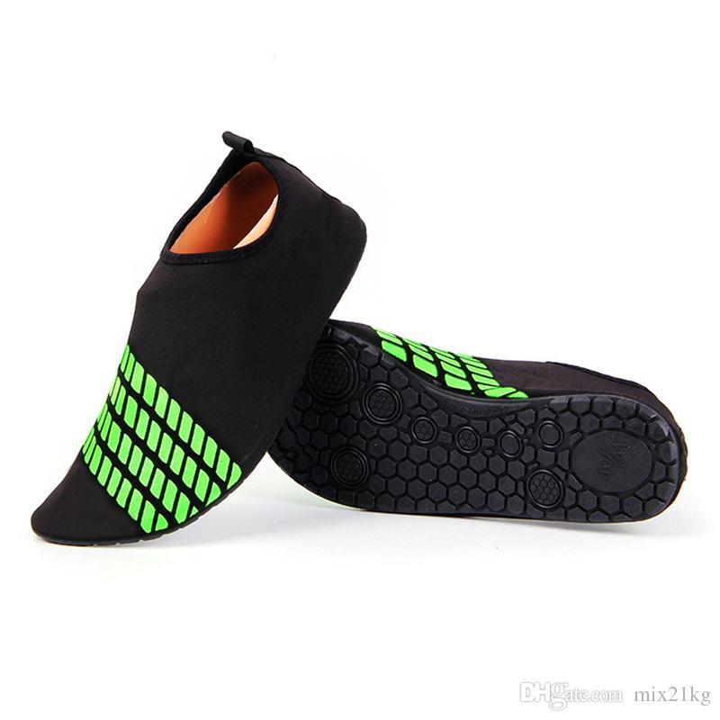 d4b16396751a4f 2019 Foldable Slip Men Women Surf Aqua Beach Water Socks Shoes Sport Yoga  Swim Diving Anti Slip Bottom Water Sport Shoes M 3XL From Mix21kg