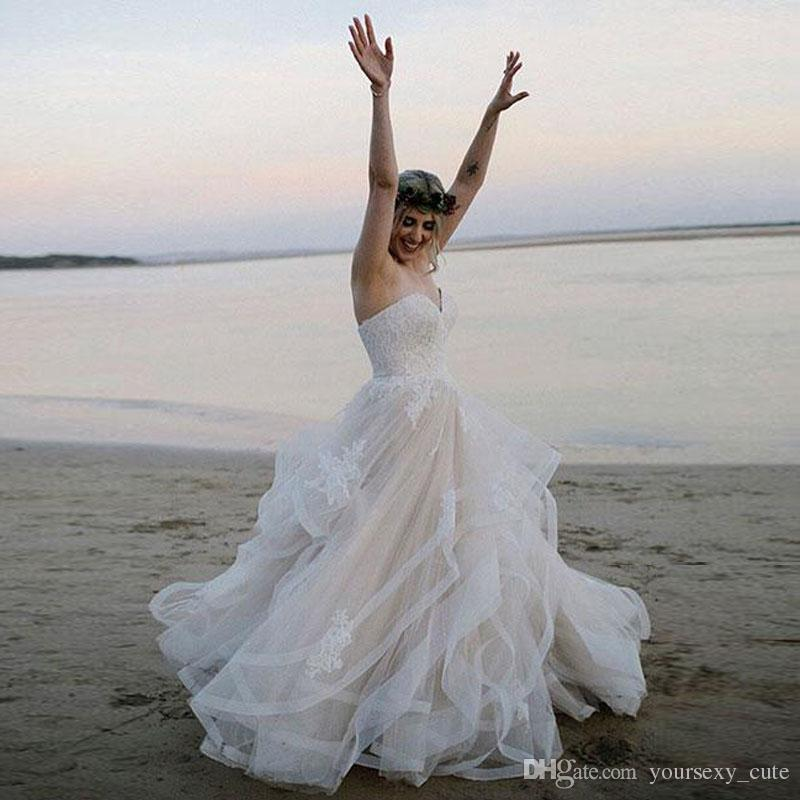 dd70c2e548e Beach Wedding Dresses Sweetheart Appliques Lace Tulle Tiered Skirt  Champagne White Ivory Ball Gown Wedding Dresses Bridal Dresses Amazing Wedding  Dresses ...