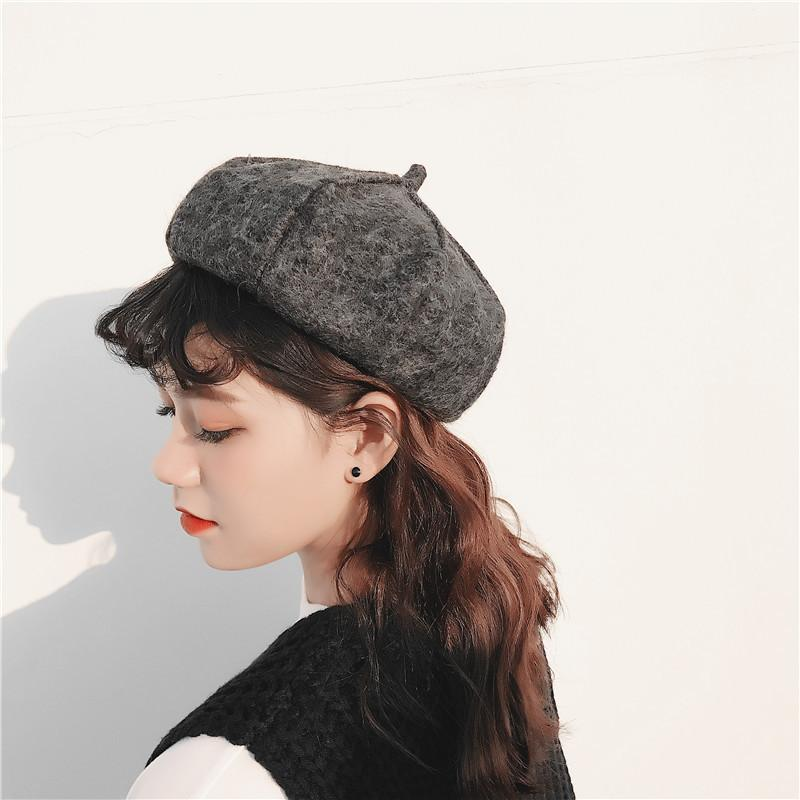 2019 Vintage Women Hats Beret Elegant 2018 Winter Hats For Women Lady Berets  For Winter Knitted Cotton Berets Warm Khaki From Yongq c6496590d60b